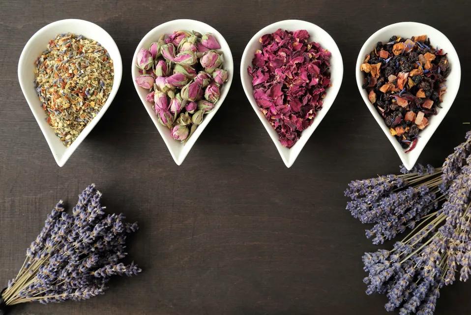 Lavender and potpourri photo